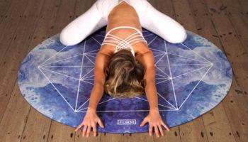 Коврик для йоги: инструкция по применению и уходу