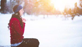Простые средства от простуд и насморка зимой – от йогов