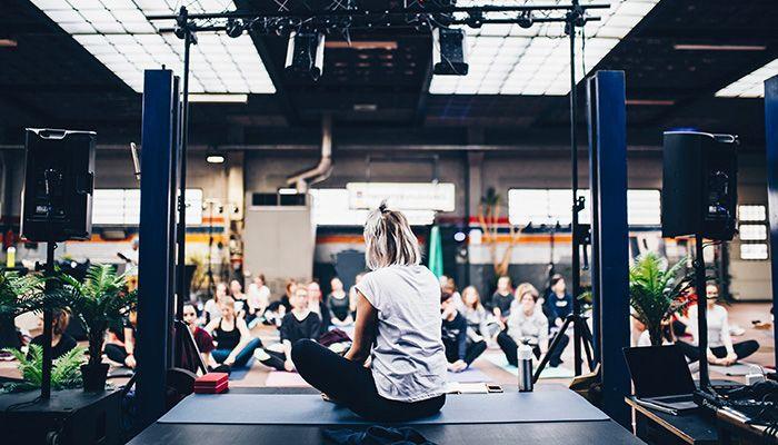Преподавание йоги: как важно распознать проблему