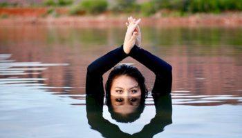 Какая мантра лучше перед началом практики йоги?